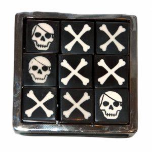 Black Horn Skull and Crosses Game